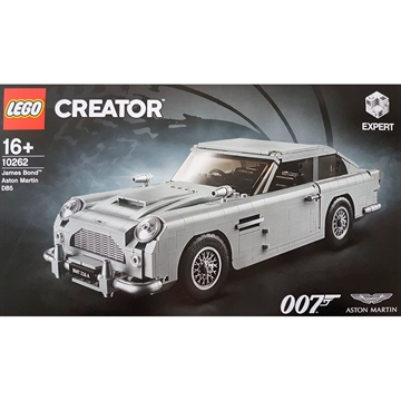 James Bond™ Aston Martin DB5 10262